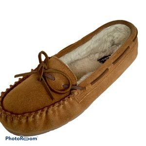 CLARKS leather moccasins fur lined slippers sz 10